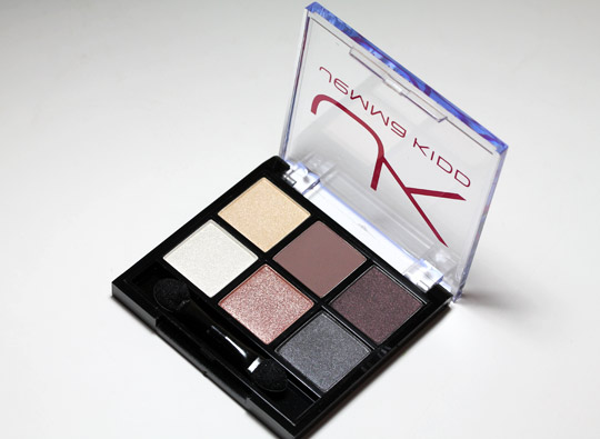 jemma kidd signature shadows for holiday 2010 review swatches photos open 1