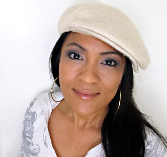 karen of makeup and beauty blog reviews jk jemma signature shadows and air kiss lipgloss duo for holiday 2010 2