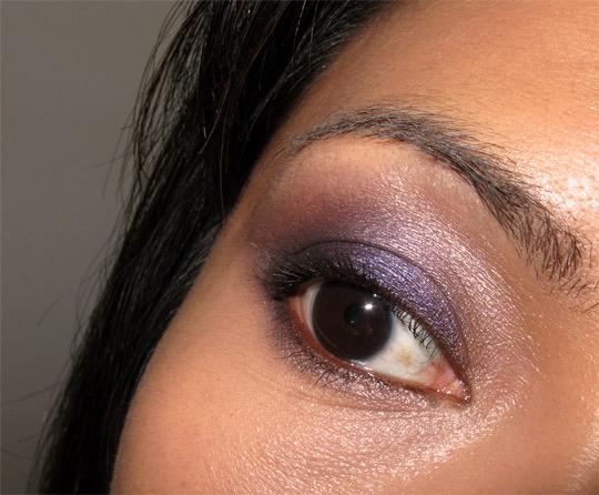 karen of makeup and beauty blog reviews the urban decay cowboy junkie set eye