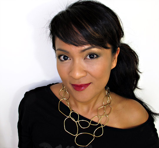 karen of makeup and beauty blog wearing the clarins barocco collection from holiday 2010 1