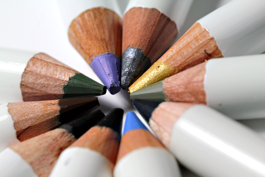 korres vitamin e 10 color pencil kit review swatches photos pencil tip closeup
