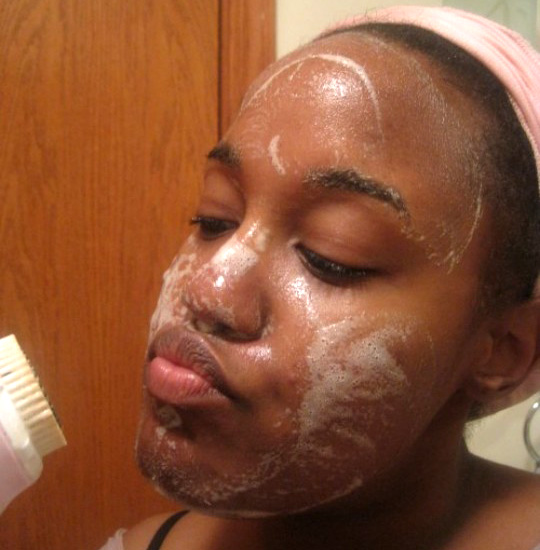Look at that Clarisonic!