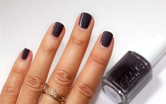 essie winter collection review swatches photos smokin hot