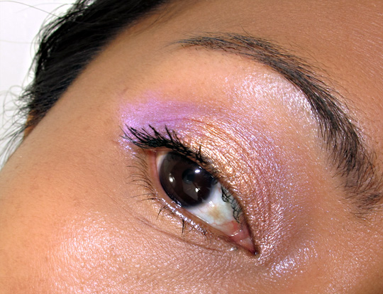 karen of makeup and beauty blog reviews urban decay 24 7 glide on shadow pencils eye closeup
