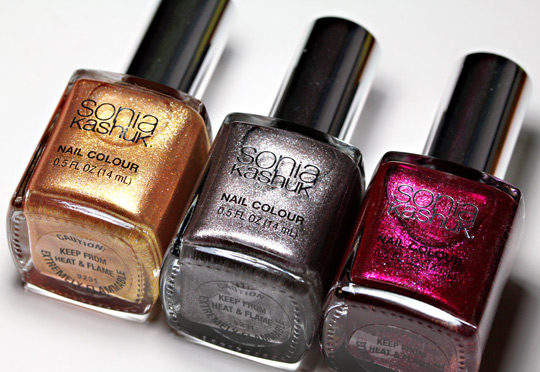 Sonia Kashuk Reach For the Stars Nail Trio Holiday Set swatches