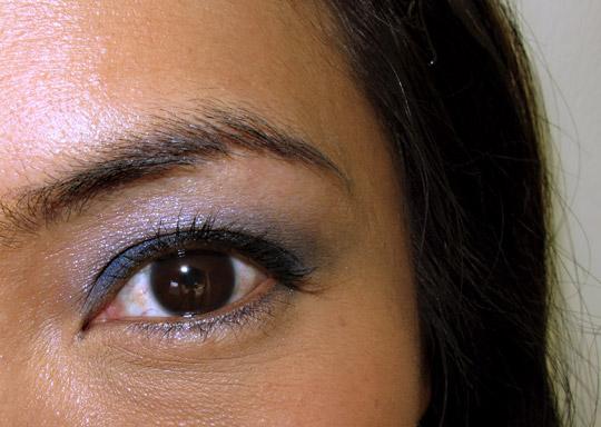 mac jeanius eye closeup