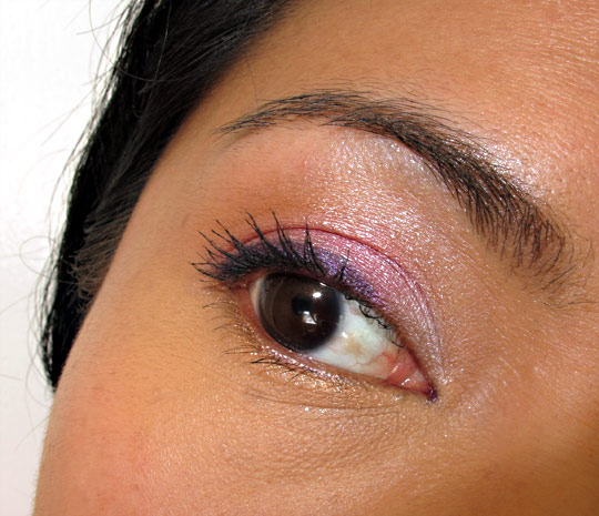 urban decay fun palette eye closeup