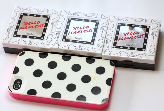 Benefit Hello Flawless packaging