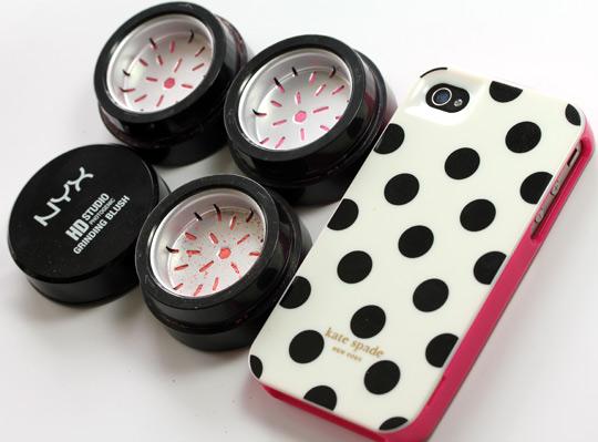 NYX HD Studio Photogenic Grinding Blushes w phone