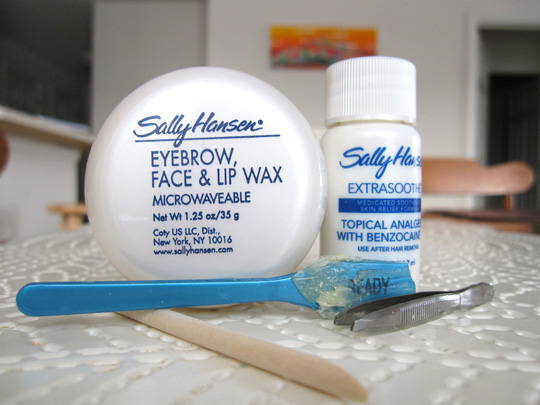 Sally Hansen Microwavable Eyebrow Face Lip Wax
