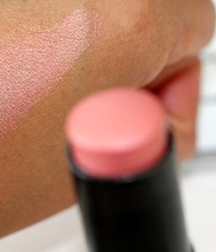 Topshop Cheeks in Luminescence