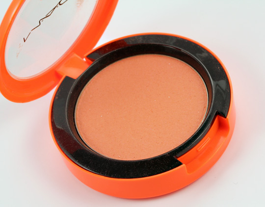 mac spaced out blush