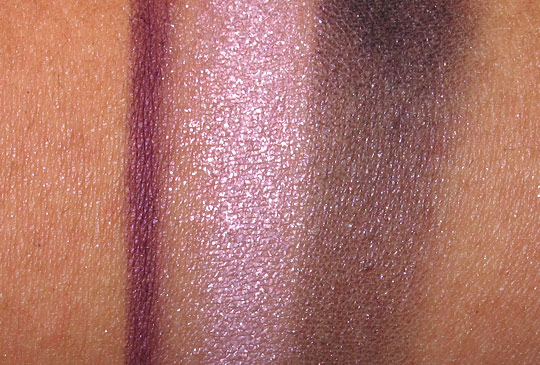 mac Iced Delights Eye Bag in Pearl swatches