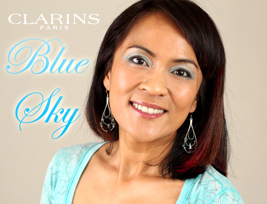The Clarins Colour Breeze Eye Quartet Mineral Palette in Blue Sky