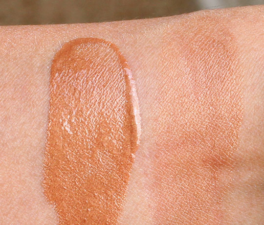estee lauder bronze goddess luminous liquid bronze swatch