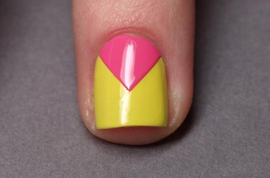 Chevron nails: step 4