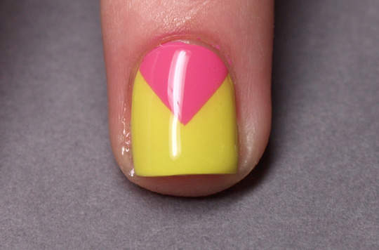 Chevron nails: step 5