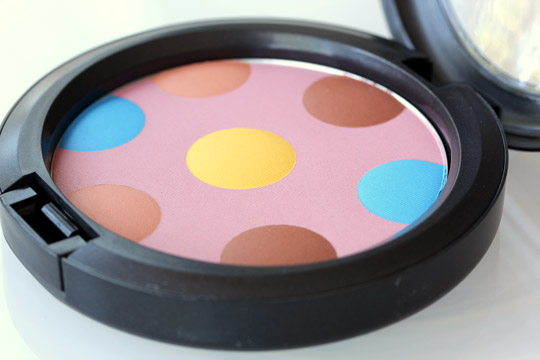 mac beth ditto powder to the people