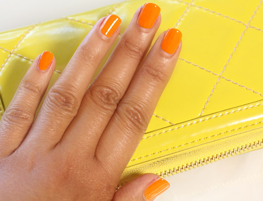 neon nails 2