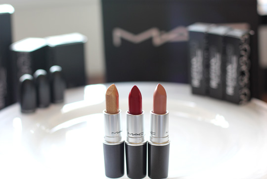 mac ruffian gold red naked