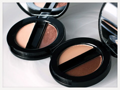 Simply Vera Vera Wang Transforming Shadow Duo