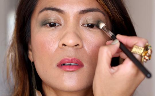 khaki eye makeup tutorial 2