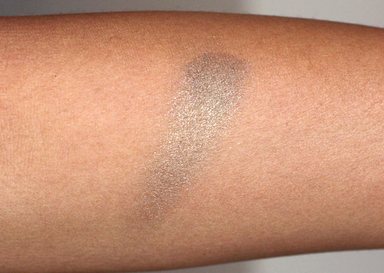 mac greensmoke swatch