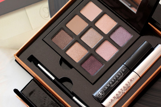 anastasia want you to want me palette