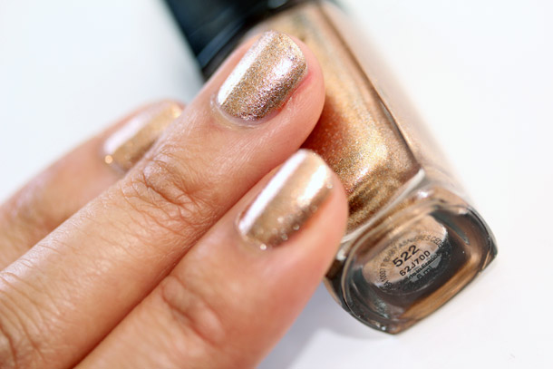lancome bubbly gold swatch