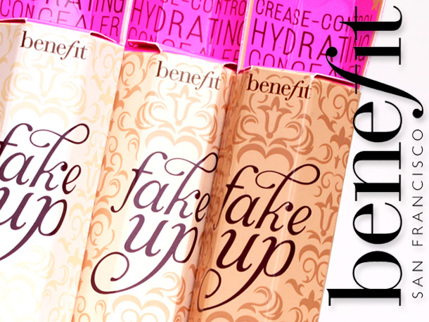 Benefit Fakeup Hydrating Crease-Control Concealer 1