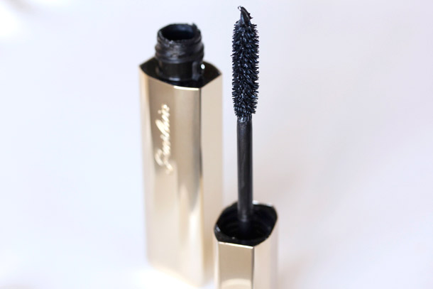 Guerlain S New Cils D Enfer Maxi Lash Mascara Gets Lashes One Step Closer To Zac Efron Makeup And Beauty Blog