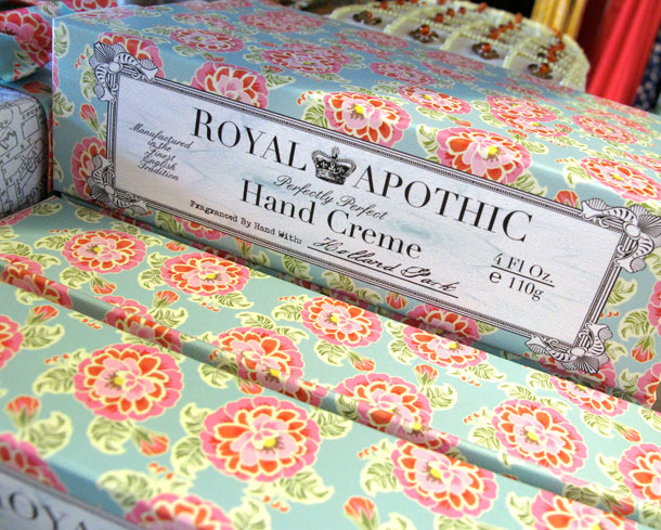 Royal Apothic Perfectly Perfect Hand Creme