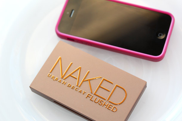 urban decay naked flushed packaging