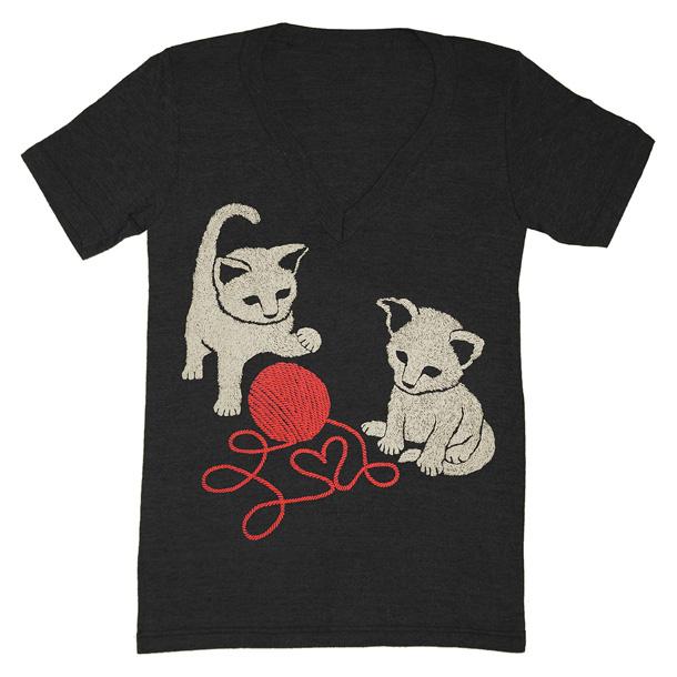 14 Kitties Love Heart Red Vneck Charcoal Black