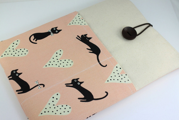 7 Laptop Case Black Cats with Hearts