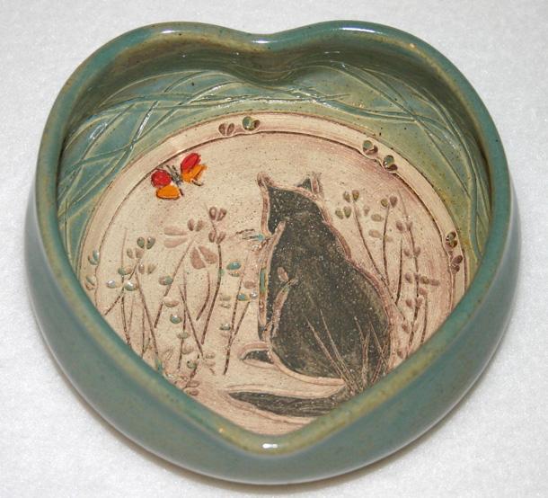 9 Pottery Cat Heart Bowl