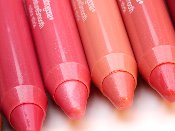 Neutrogena MoistureSmooth Color Sticks closeup