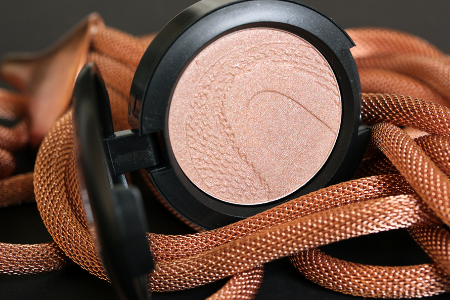 MAC Once Upon a Time Large Eye Shadow from the Year of the Snake Collection