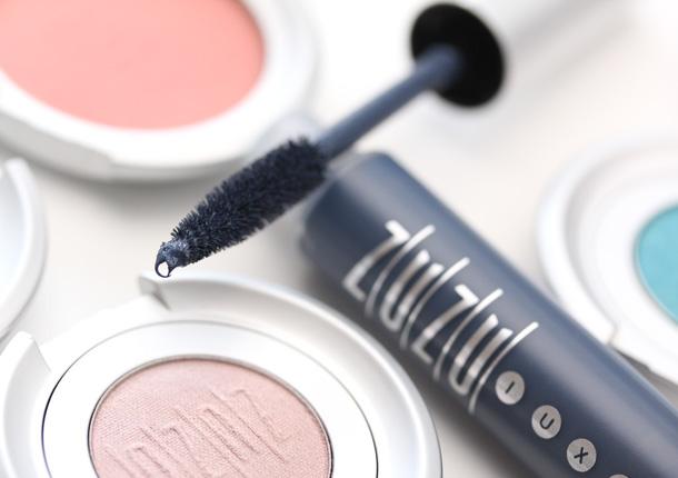 Gabriel Cosmetics Oceanid Collection Navy Mascara brush