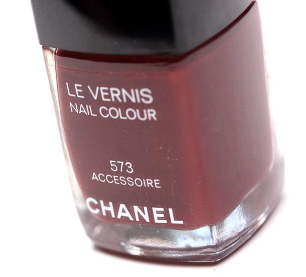 Chanel Accessoire Nail Polish 610