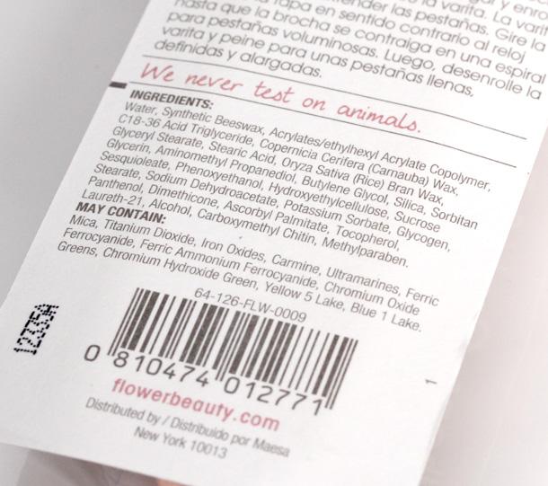 Flower Zoom-In Ultimate Mascara packaging 3