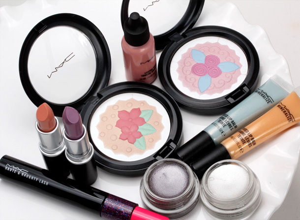 MAC Baking Beauties Collection small