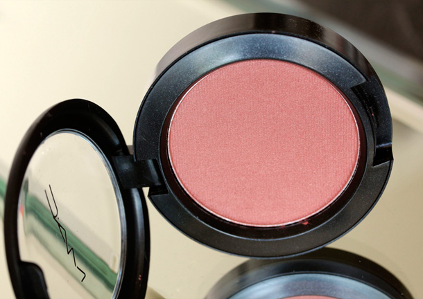 MAC Nudes & Metallics: Stylish Me Blush