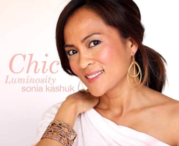 Sonia Kashuk Chic Luminosity Bronzer/Blush Duo in Glisten
