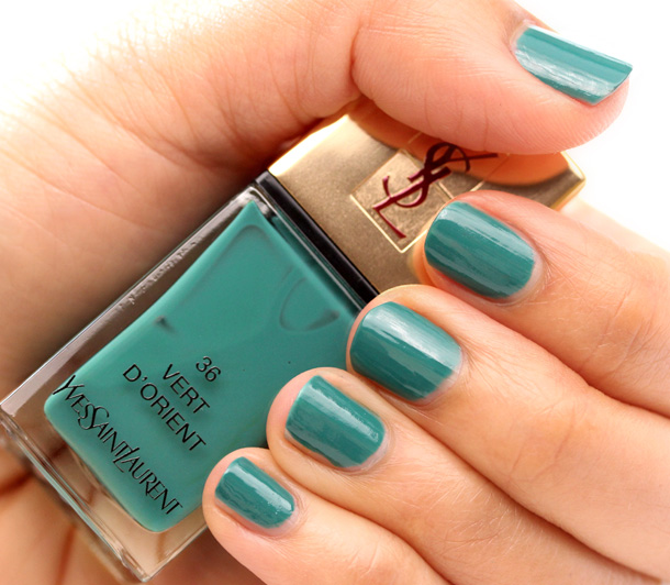 Yves Saint Laurent Vert D'Orient Nail Polish swatch