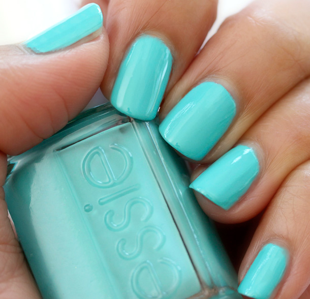Essie Resort 2013 Pictures Swatches Review