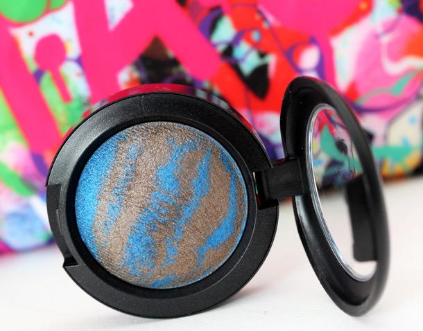 MAC Bossa Blue Mineralize Eye Shadow