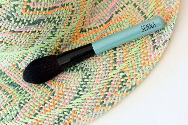 Senna Powder Point Brush from the Sungold Collection