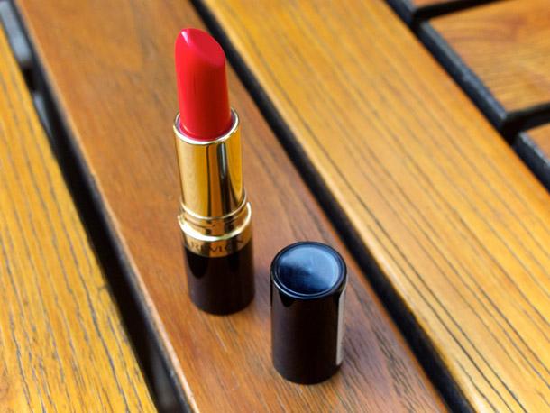 Revlon Fire & Ice Super Lustrous Lipstick