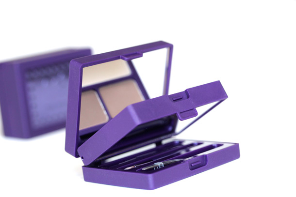 Urban Decay Brow Box packaging side